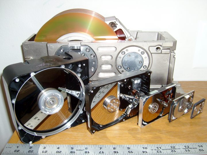 Bits vs Bytes, and the story behind Disk Drive Sizes