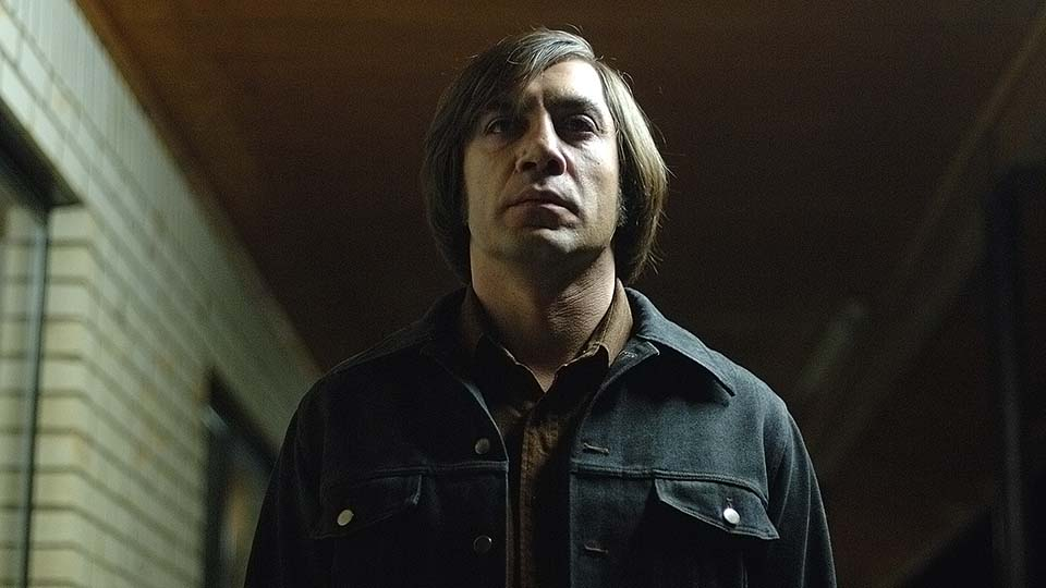"Camera Angles and Movement: No Country for Old Men ""Coin Toss"" Scenes"
